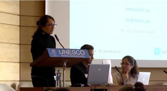 Wanda Munoz.Mukira. Unesco.Oct.13Paris.grande